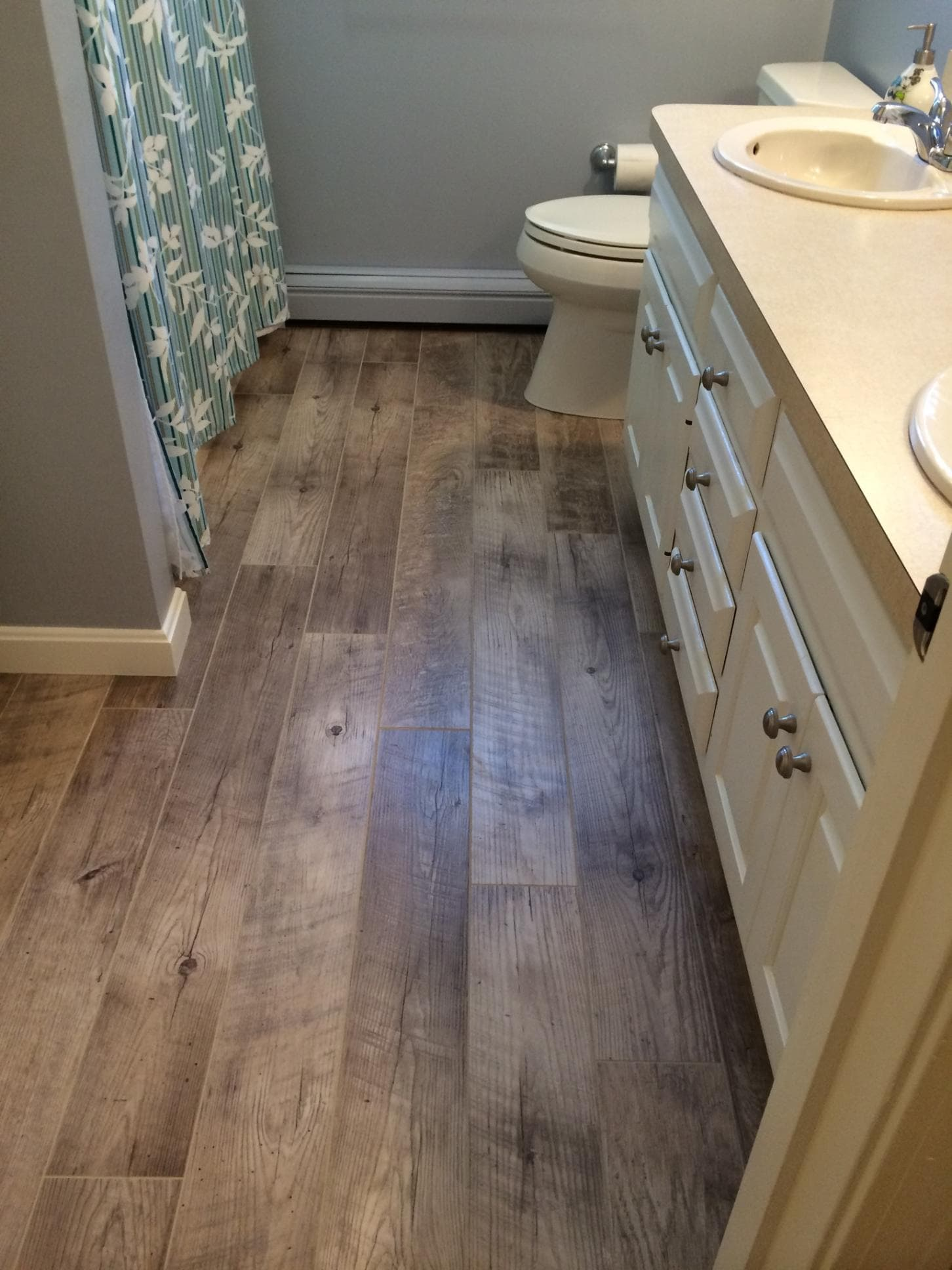 Reliable Vinyl Laminate Flooring